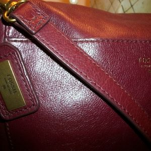 Beautiful Vintage Fossil Cranberry Crossbody Bag